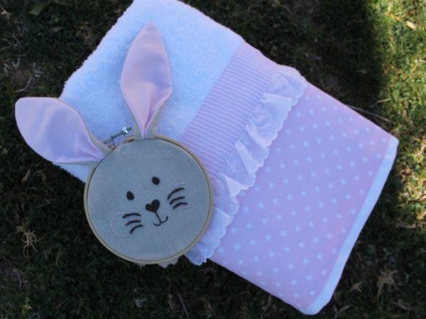toalla y bastidor rabbit